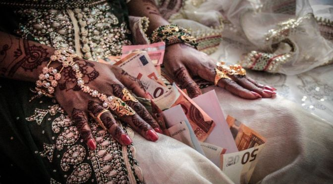Le business des mariages comoriens en France